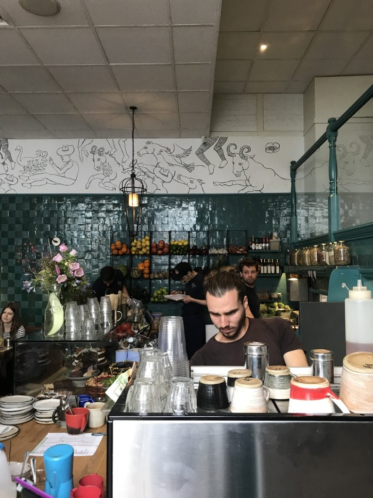 Charcoal latte and other trends for coffee shops